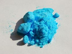 Copper(II)-sulfate-pentahydrate-sample
