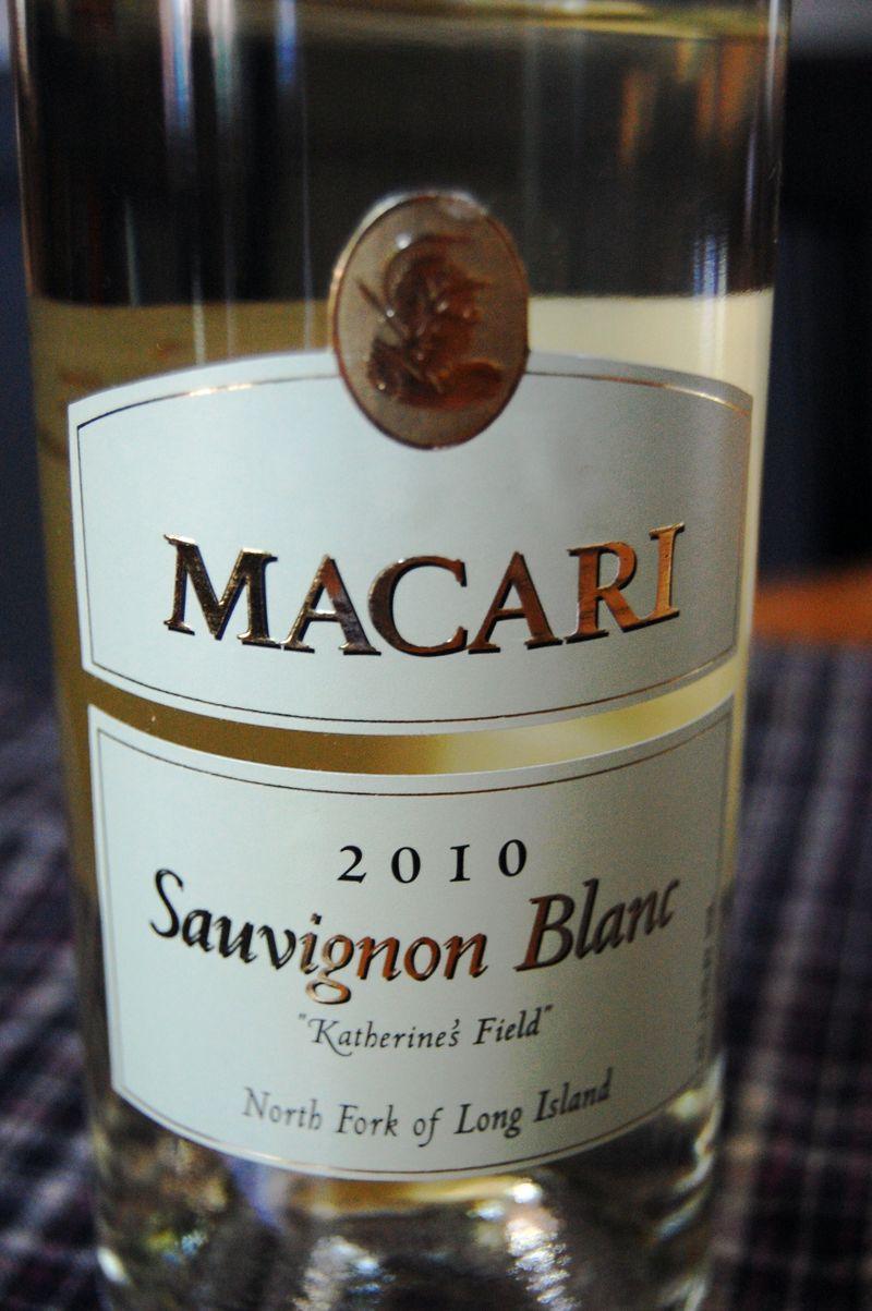 Macari-2010-sauvignon-blanc